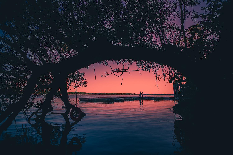pink-sunset-wedding-couple-best-muskoka-wedding-photographer-3